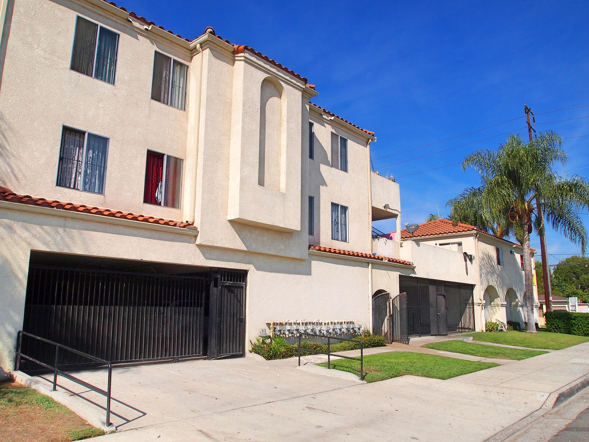 11 Multifamily Units Sold