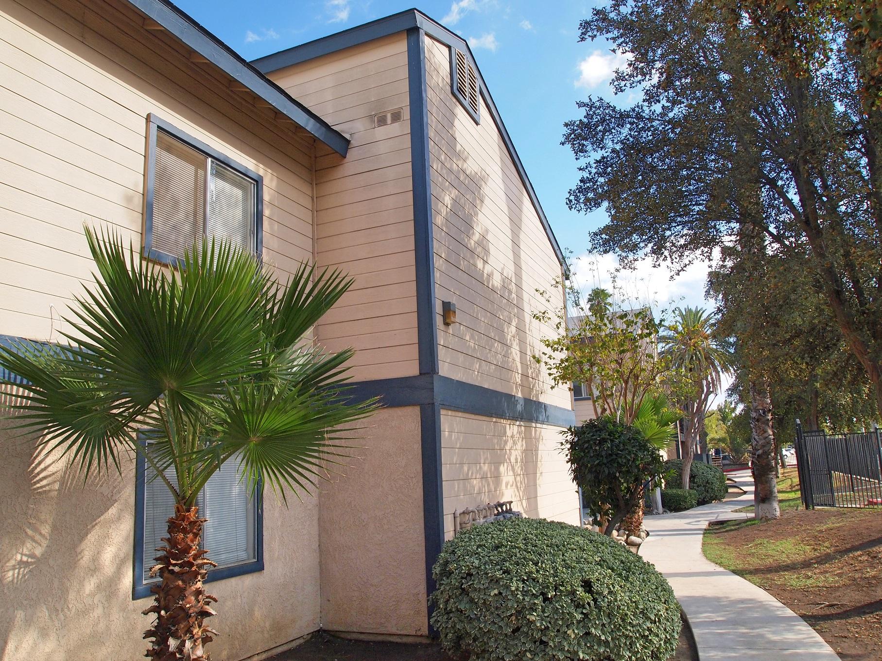 Walkways Jasmine Springs Apartments